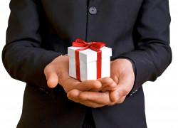 5 conseils pour bien offrir un cadeau d'affaires